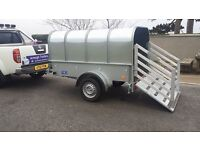 7x4 LIVESTOCK TRAILER WITH REMOVABLE CANOPY RAMP DOOR