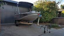 2013 Quintrex 390 Explorer powered by a 2008 25hp 2 stoke Yamaha Wodonga Wodonga Area Preview