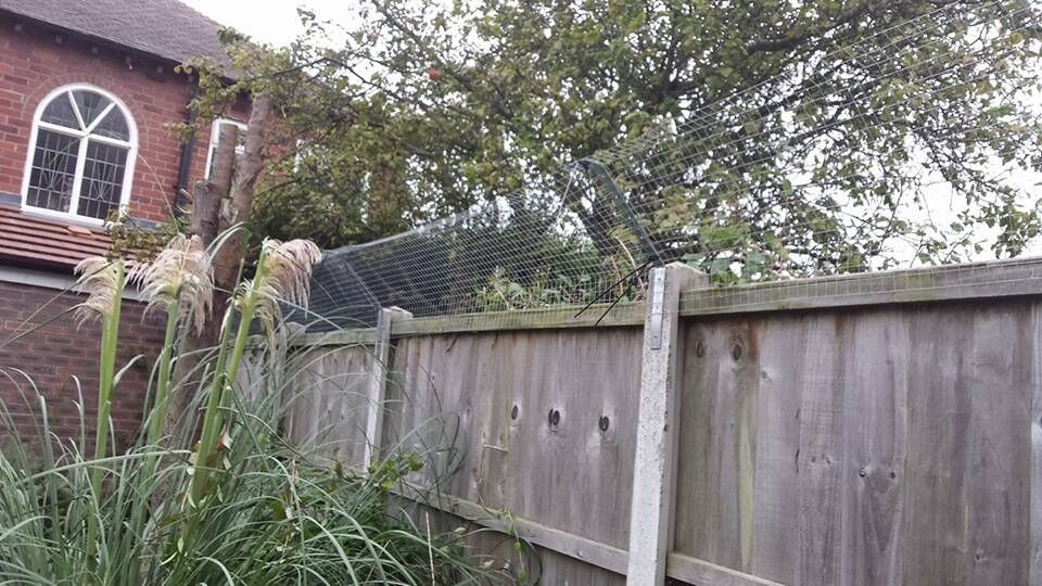 Cat Barrier , Cat Fence brackets ,new galvanised material