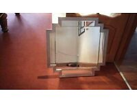 Lounge, Dining Room or bedroom Wall Hung mirror