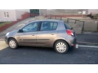 Renault Clio 1.5dci. 2010 plate.
