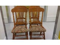 4 dining chairs,solid oak,carved back,high back,cushion clean,stable,no table