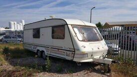Twin axle caravan
