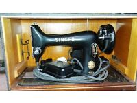 Singer sewing machine 99k in excellent full working condition