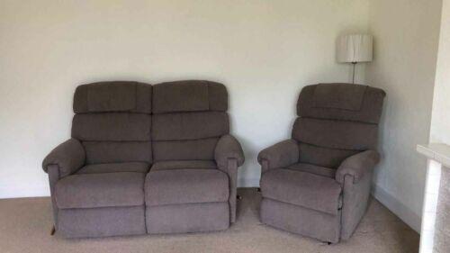 Mooie donker bruine tweezits sofa