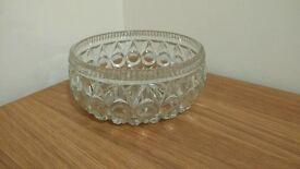 crystal glass fruit bowl