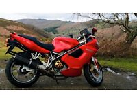 Motorbike: Ducati ST4S Sports Touring Motorcycle Red 2004 12 MONTHS MOT with touring fixed luggage
