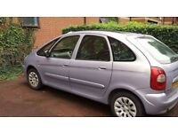 Citroen picasso light purple with sunroof