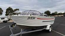 2004 Stacer Sea Master, 2004 Mercury 40hp oil injected outboard Newport Hobsons Bay Area Preview