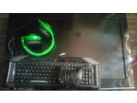 Gaming bundle Inc.Razor headset mad cats keyboard