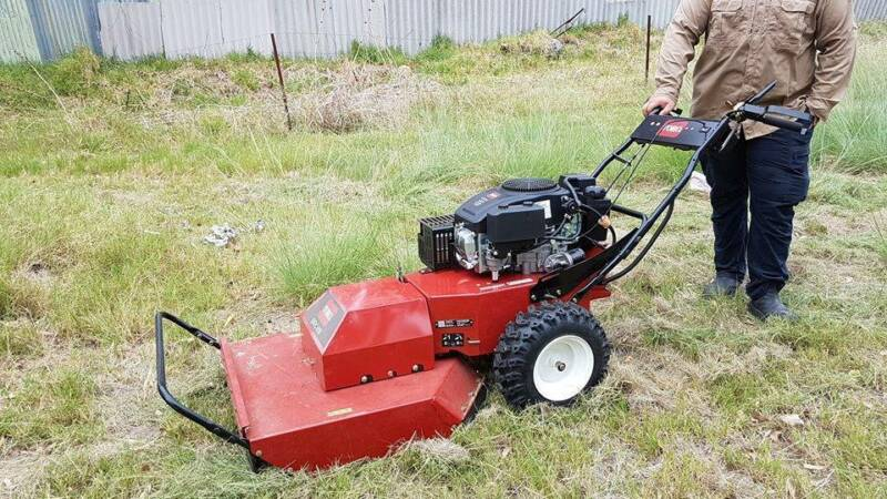 Toro walk behind slasher mower hire buy get a contractor lawn 1 of 10 fandeluxe Image collections