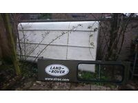 110 land rover roof in good condition wihte in colour
