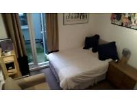 Double room in 2 bed flat, just off Brixton Hill