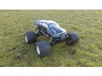 HPI SAVAGE 5.9 NITRO TRUCK AND LOTS OF SPARES