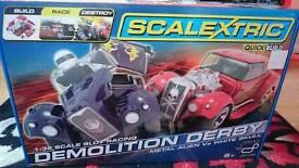 Scalextrics Demolition Derby Set
