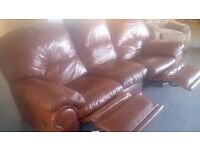 FREE Delivery: 3 seater recliner leather sofa - Great condition!