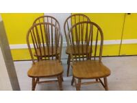 4 dining chairs,solid oak,Windsor style,stable,office,no table