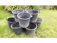 35 Litre plant or tree Pot / Planters x 8