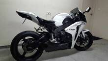 Stunning CBR 1000 for sale! Pearl white! Munno Para Playford Area Preview