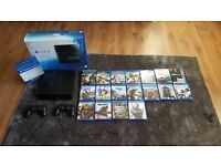 Playstation 4 1TB, 2 controllers, 11 games and 10 blu rays. 350 ono