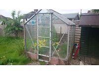 Garden Greenhouse (Free)