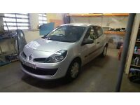 2005 mk3 renault clio for breaking most parts available