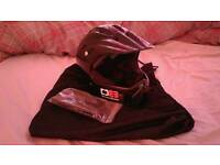 Diamondback Full-Face Helmet
