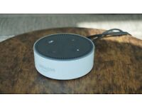 Used, Echo Dot, 2nd Gen in White. Excellent condition. 3 months old