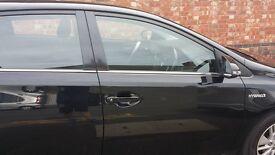 Toyota Auris Hibrid Hatchback for sale