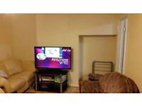 Lovely 3 Bedroom House + Lounge Newly Refurbished Only Mins Walk To Zone 2 DLR's *PART DSS WELCOME*
