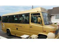 Merceded Benz Minibus