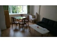 A nice sunny flat 2 rooms modernised kitchen with washing machine