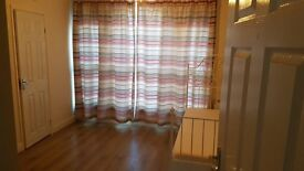 Studio flat to rent in Seven Sisters
