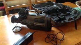 Panasonic MS 4 hi-fi stereo movie camera