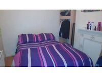 Double room to rent for September
