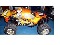 RC HPI MT 2 1/10 nitro car