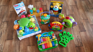 Toddler toys and box Yorkeys Knob Cairns City Preview