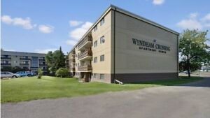 Wyndham Crossing 2 Bedroom + Nearby Clareview LRT! CATS Allowed