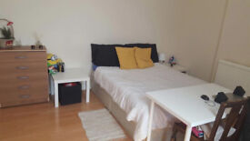 SINGLE** DOUBLE**TWIN ROOMS READY TO MOVE IN!! ALL BILLS INCLUIDED!! GYMS, MARKET, SHOPS, RESTAURANT