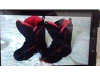 Salomon Snowboarding boots size 6