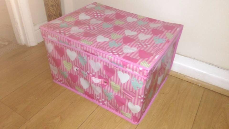 NEW PINK HEART COLLAPSIBLE STORAGE CHEST