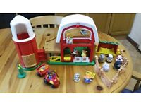 FISHER PRICE LITTLE PEOPLE FARM