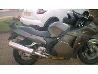 Honda CBR1100XX Super Blackbird....no gsxr, yzf, hayabusa, zzr, triumph, r1, gsf,