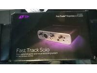AVID Fast Track Solo - USB Audio Interface