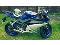 "Yamaha YZF - R125 125CC 2016 ABS BLUE AND GREY ""PERFECT """
