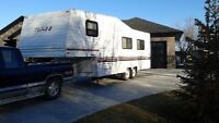 1995 Triple E Topaz 5th wheel