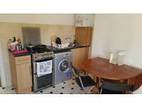 HUGE ROOM TO RENT IN WEMBLEY £130