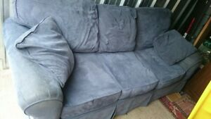 Delivery included large blue couch
