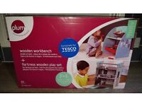 Plum Role Play Bundle 2 for 1 - Workbench and Castle Play Set