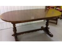 Extendable dining table,solid oak,Old Charm,carved,165-205cm,made in England!!!!